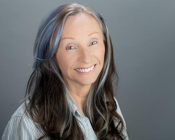 Suzanne Mc.