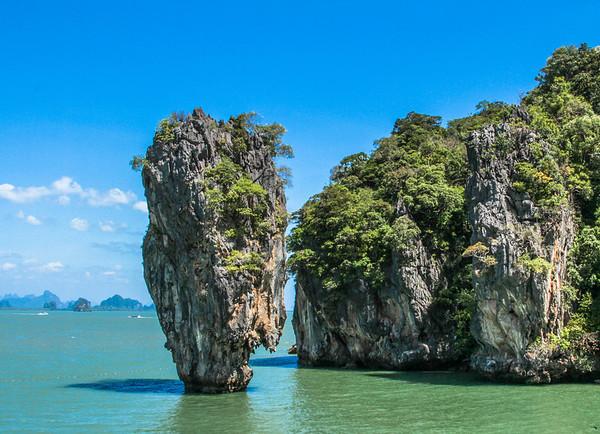 Dark Thai Culture vs Beautiful Landscapes