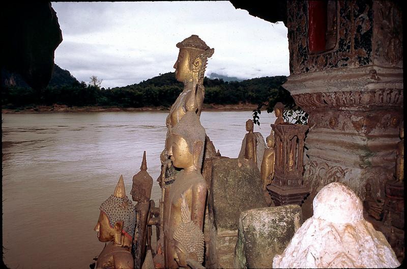 Tham Ting (Buddha cave)