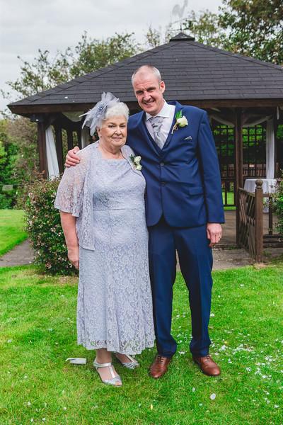 Mr & Mrs Wallington-459.jpg