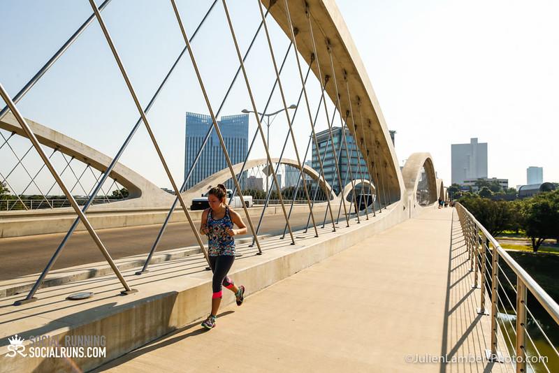 Fort Worth-Social Running_917-0611.jpg