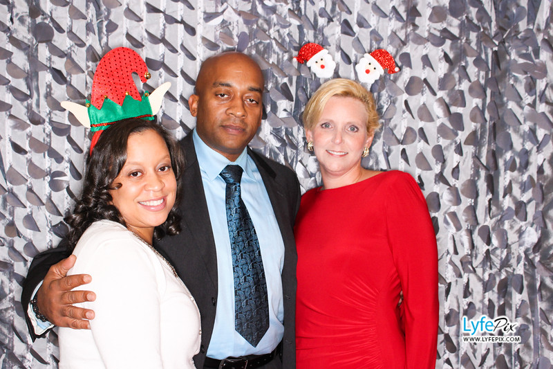 red-hawk-2017-holiday-party-beltsville-maryland-sheraton-photo-booth-0118.jpg