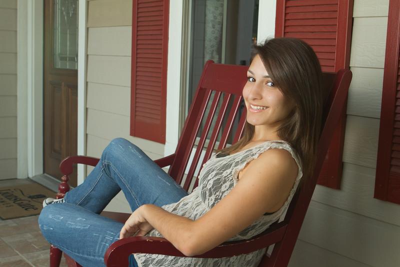 jaklyn miselem senior portraits denton texas ryan high school pretty brunette girl