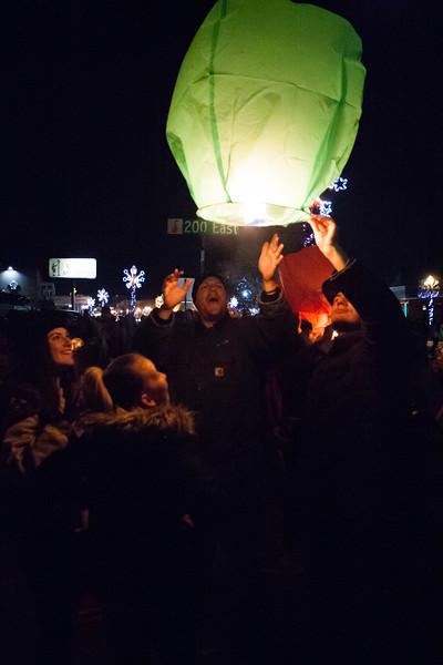 Holly Days Lantern Launch-44.jpg