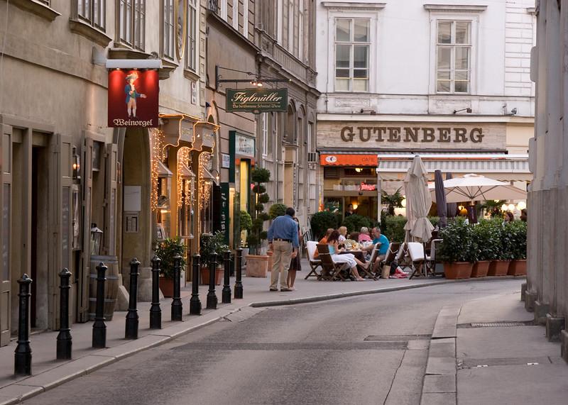 Gutenberg cafe.