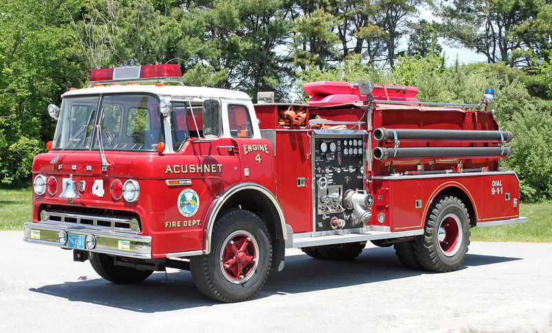 Engine 4 1975 Ford / Continental 1000 / 800