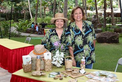 Royal Hawaiian Shopping Center Arts & Crafts