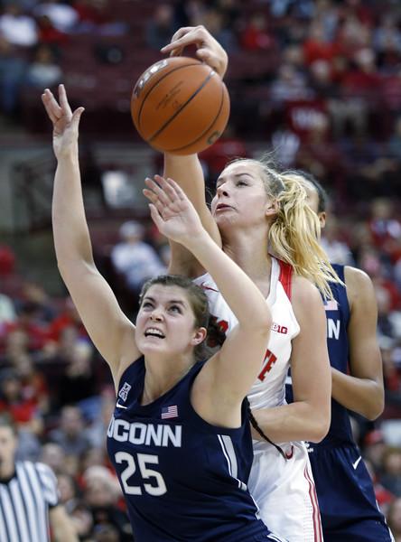 Connecticut Ohio St Basketball
