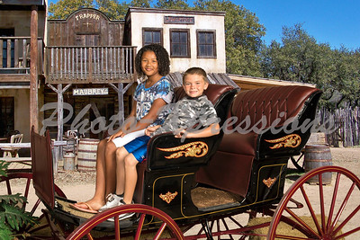 """Photo-Xpressions """"Western Shoot"""""""