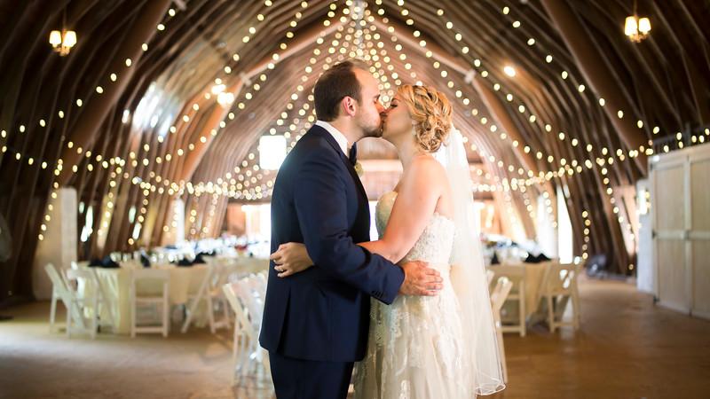 Garrett & Lisa Wedding (168).jpg