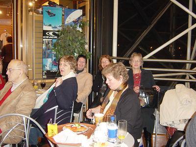 Hollsystur í Kóben des. 2005