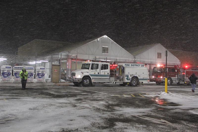 Structure Fire, WalMart, Hometown, 2-18-2014 (2).JPG