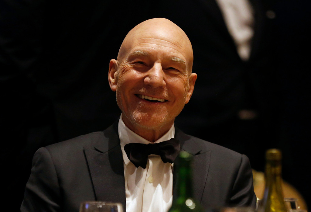 . Actor Patrick Stewart attends the White House Correspondents Association Dinner in Washington April 27, 2013.  REUTERS/Kevin Lamarque