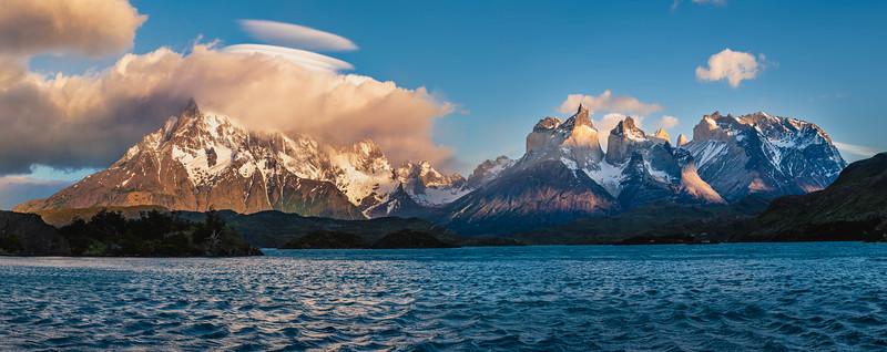 Patagonia_D850_1811_2902-Pano-PS_8k.jpg