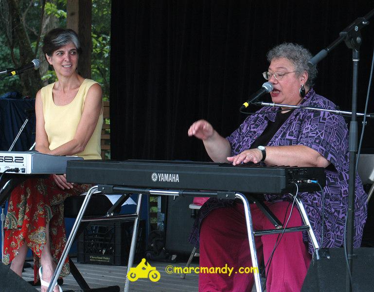 Phila Folk Fest- Sat 8-27 086 Tickle the Ivories Wkshp.JPG
