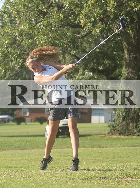 2016 - Lady Aces Golf vs Hamilton County