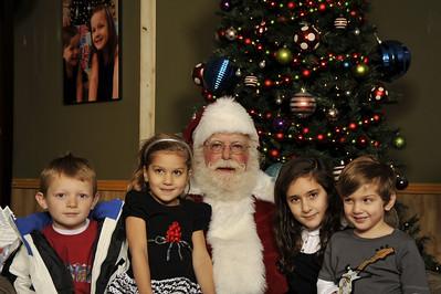 Santa Photos Wed 10am to noon