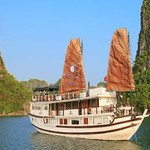garden-bay-cruise-halong-bay.jpg