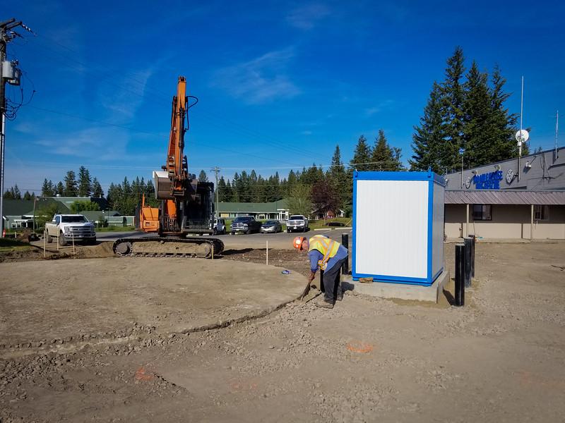 100 Mile House Bulk Water Fill Station - 161850.jpg