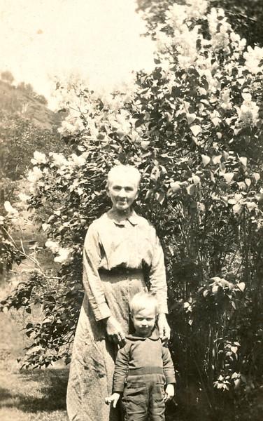 Great Grandmother Katherine (Hinderberger) Von Arx (9/29/1858 - 7/30/1928) Born in Gams, Canton St. Gallen, in Switzerland - daughter of Andrew Hinderberger (5/16/1831 - 2/29/1892) and Katherine Schlegel (3/28/1836 - 9/17/1874) Bush Valley - Don't know who the boy is.