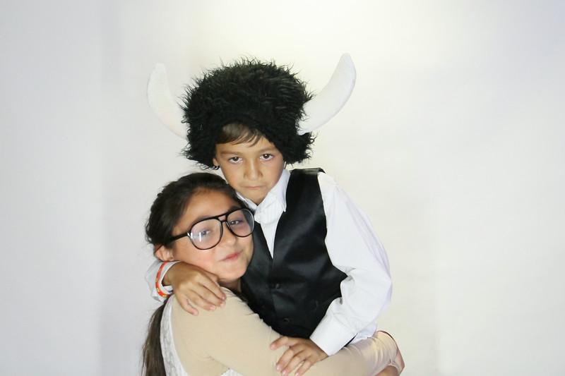 Danny and Sonia Photobooth Originals-282.jpg