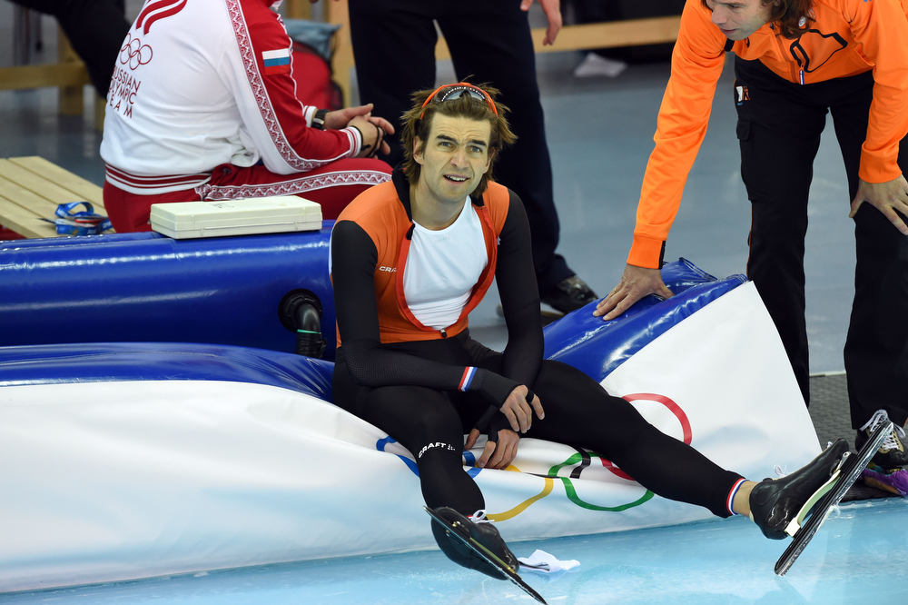 . Netherlands\' Mark Tuitert catches his breath after competing in the Men\'s Speed Skating 1000 m at the Adler Arena during the Sochi Winter Olympics on February 12, 2014. (DAMIEN MEYER/AFP/Getty Images)