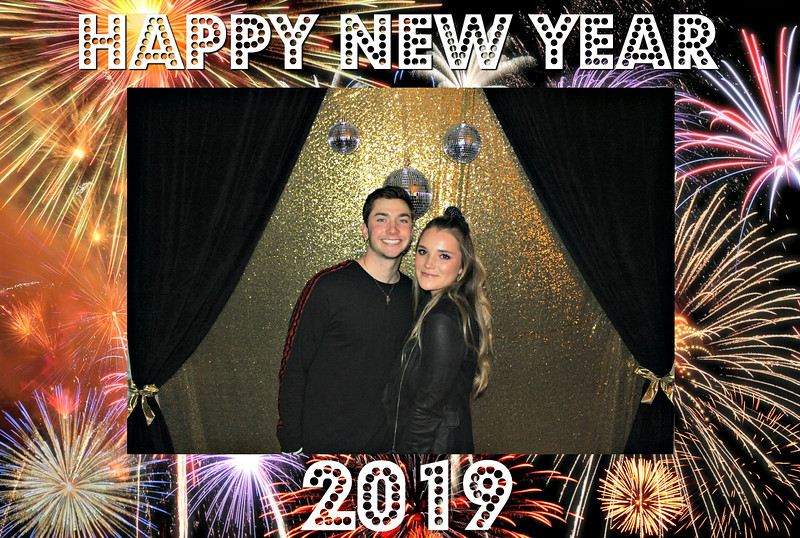 New Years 2019 Photobooth Pics (10).jpg