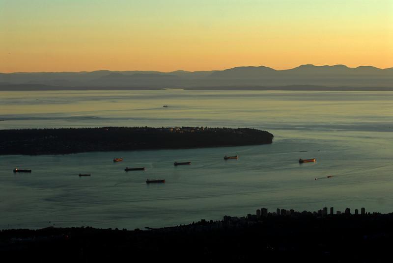 070910 8822 Canada - Vancouver - Grouse Mountain Panorama _F _E ~E ~L.JPG