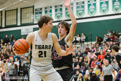 Tigard High School Varsity Boys Basketball vs Tualatin