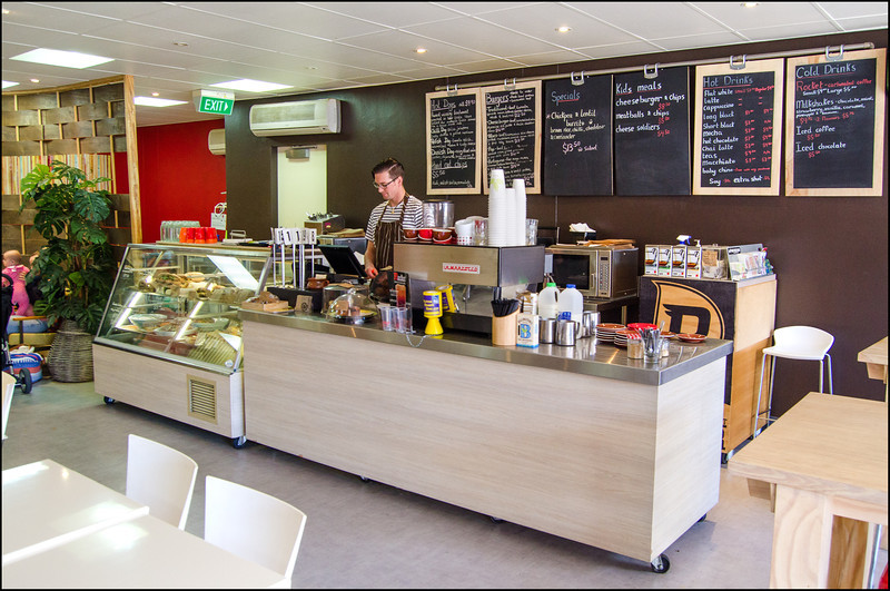 pOp Cafe - Open and inviting