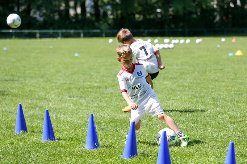 hsv_fussballschule-353_48047995783_o.jpg