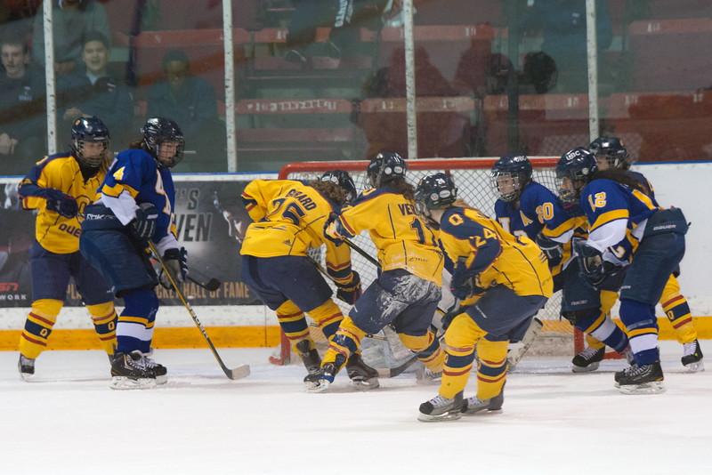20130310 QWHockeyvsUBC 721.jpg