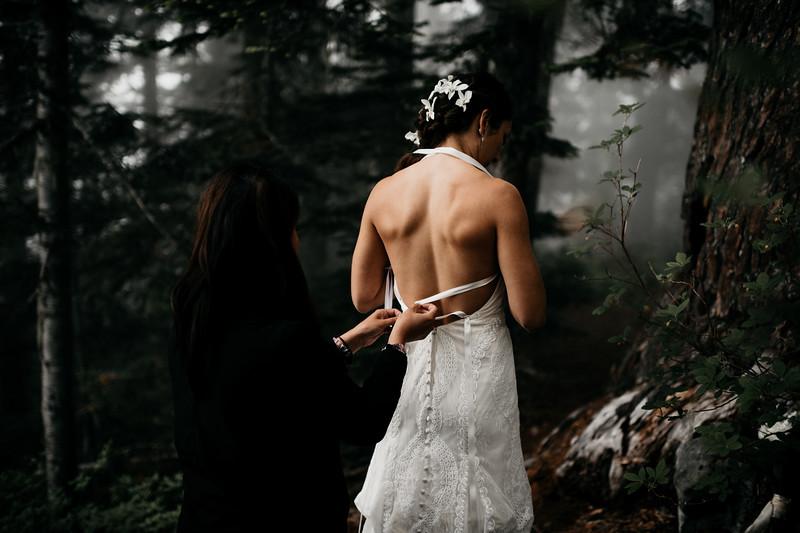 Seattle Elopement Photographer-12.jpg