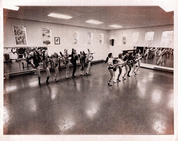 Dance_0835_a.jpg