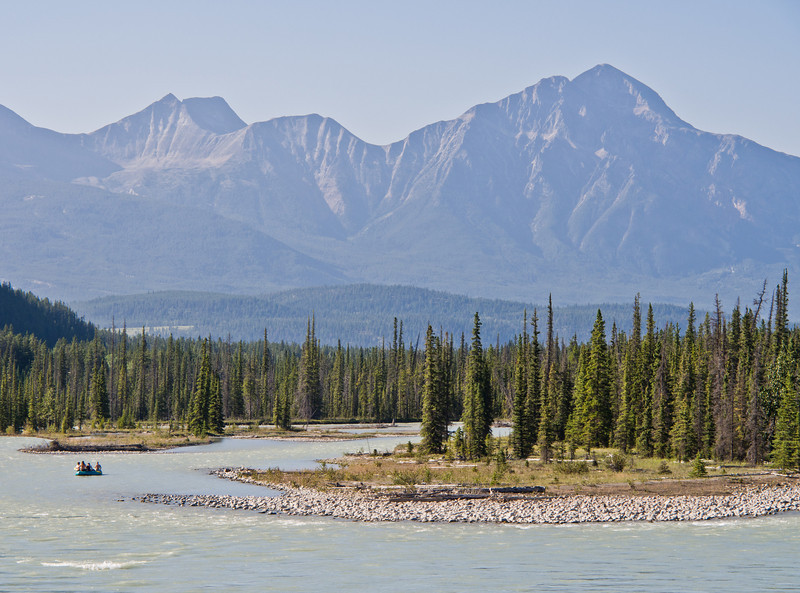 Rafting on Athabasca river