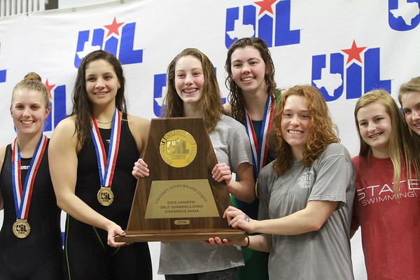 Dripping Springs swim team at the 2018 UIL state meet