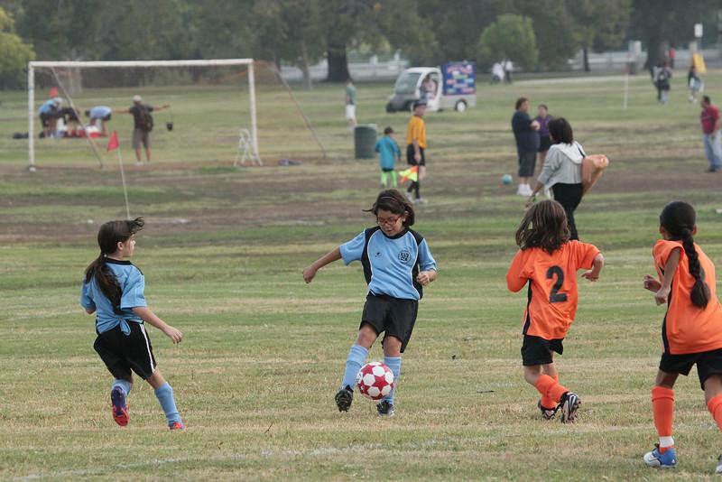 Soccer2011-09-10 09-36-56_1.JPG