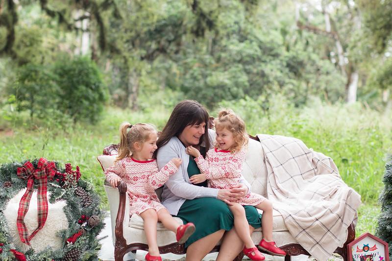 Holiday Minis- Bogie Family-26.jpg