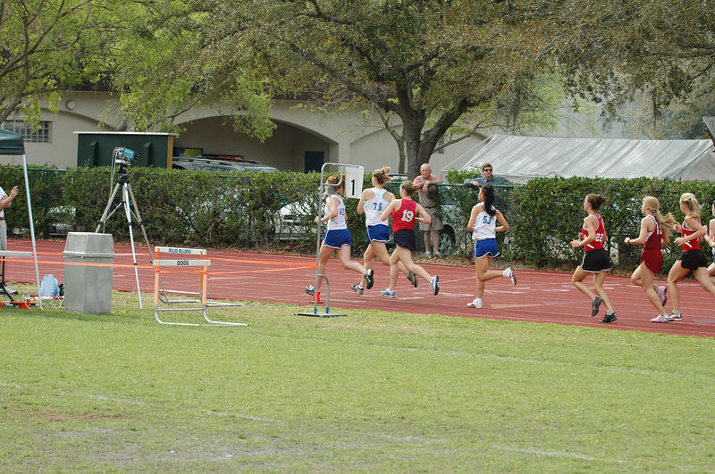 1:22 Oops - I missed the start of Heat 1 of the Girls' Open 1600m. But I know this 400m split because of the next photo. From the exif: 15:28:56 - 15:28:18 = 0:38 seconds 2:00 - 0:38 = 1:22 Thanks, Doug!