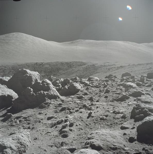 AS17-145-22160HR.jpg