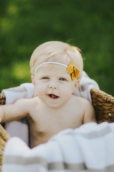 Lilah Bea 6 Months-23.jpg