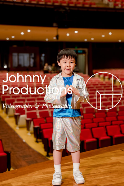 0080_day 1_orange & green shield portraits_red show 2019_johnnyproductions.jpg