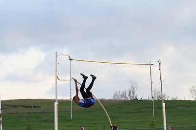 Manton Invite Boys Pole Vault