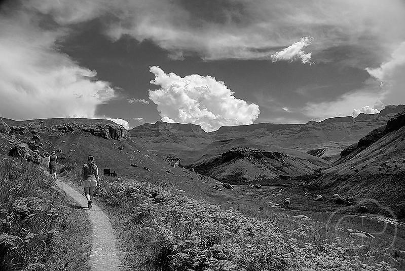 Drakensberg_Walk.jpg
