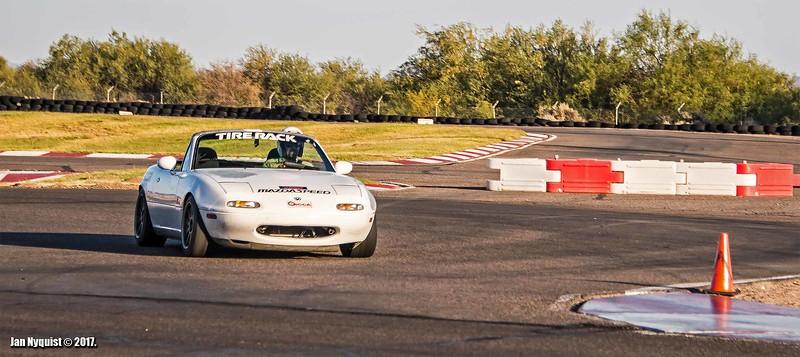 Mazda-Miata-white-4989.jpg