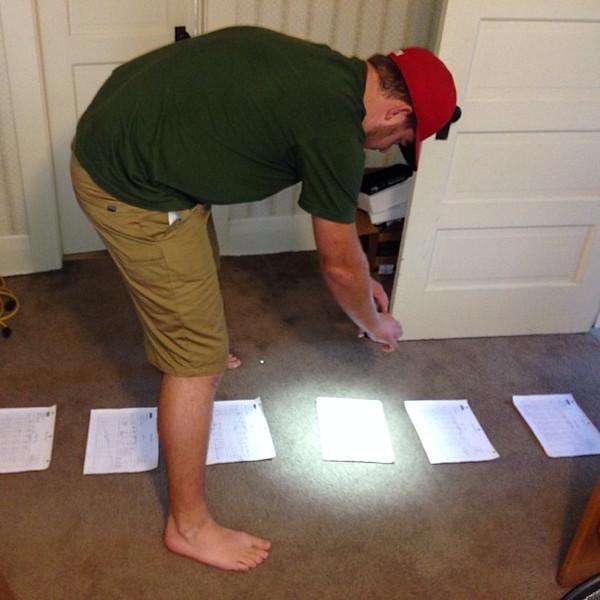 How my brother @alexmensen scans his work documents... via Instagram http://instagram.com/p/eiRxKGhIdQ/