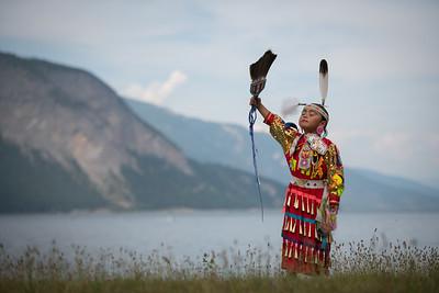 Shuswap Tourism - Indigenous images at Piers Point