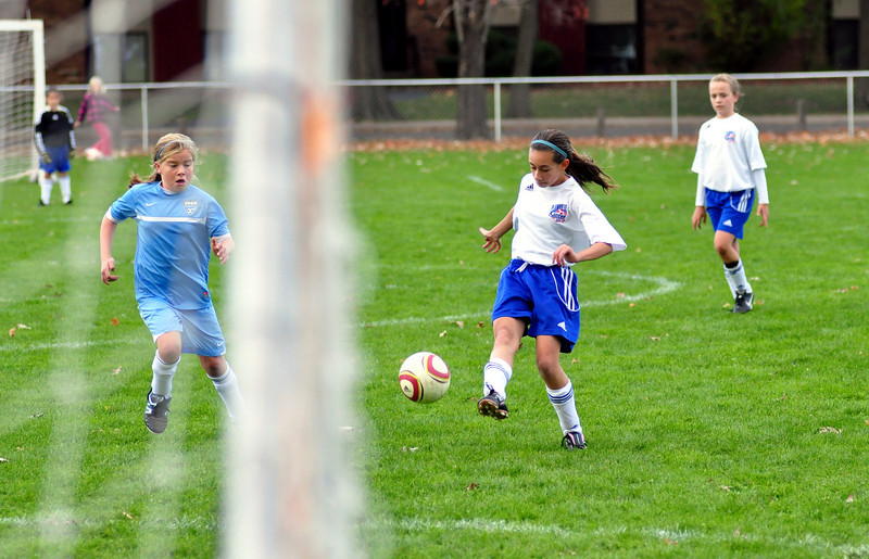 plainville u-11 girls soccer 10-17-10-003.jpg