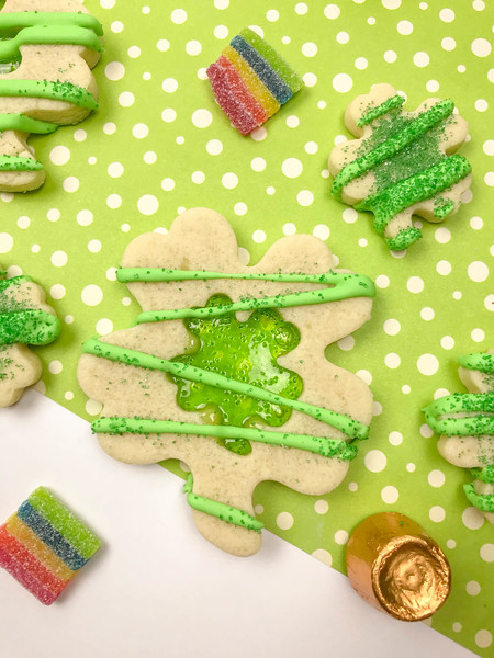st_patricks_stained_glass_cookies_sample4-1.jpg