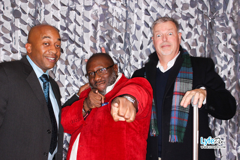 red-hawk-2017-holiday-party-beltsville-maryland-sheraton-photo-booth-0213.jpg